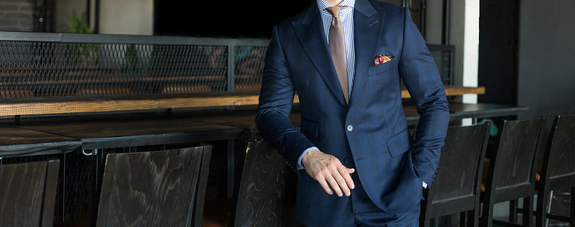 suit-banner
